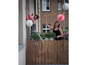 Mädelsabend auf dem Balkon