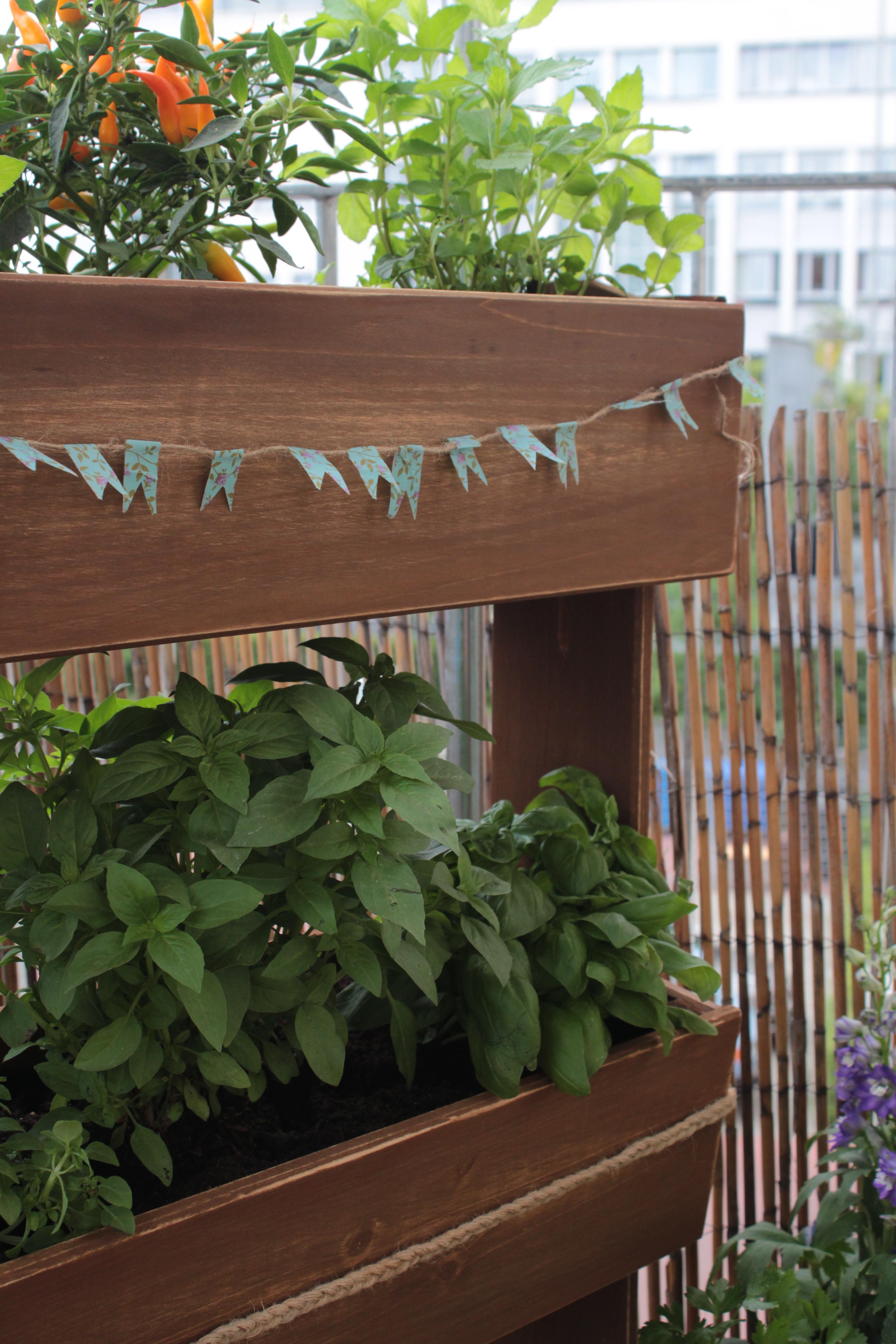 Hochbeet Diy Mal Anders Garten Fraulein Der Garten Blog